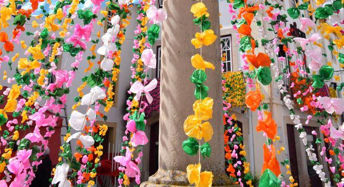Milhares de flores vestem Constânciapor ocasião da Páscoa | EOL - EntroncamentoOnline